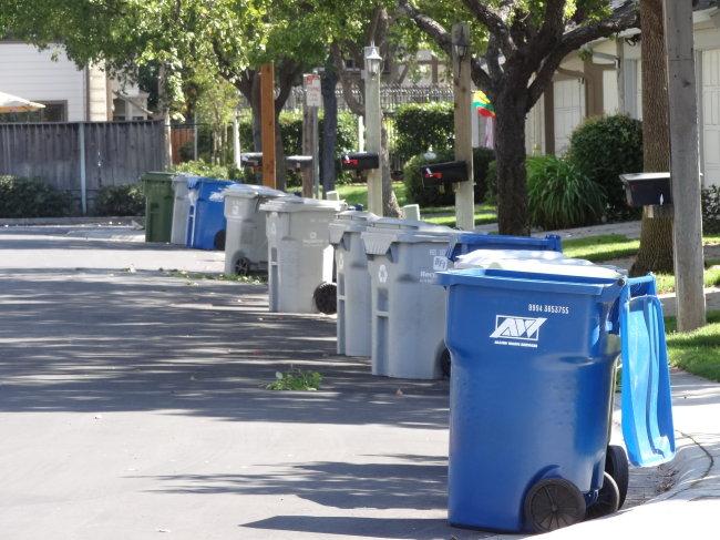 美国垃圾桶图片大全