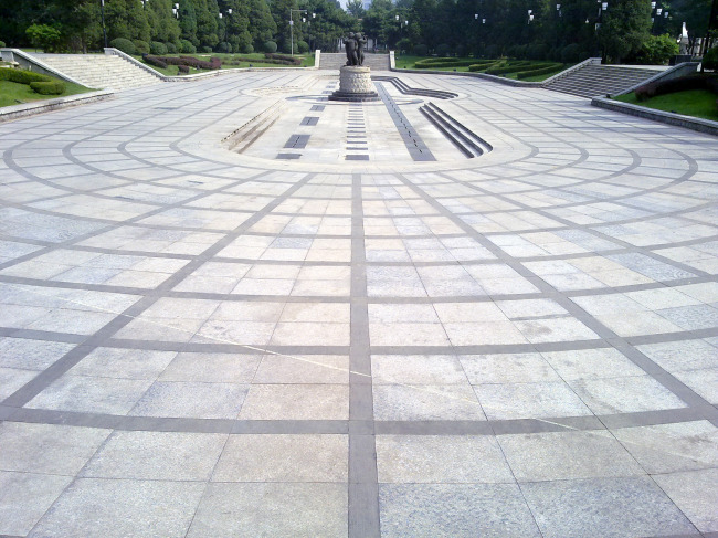 喷泉雕塑休闲广场