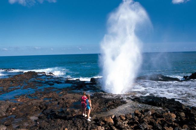 海浪礁石图片_海浪礁石摄影图_澳洲美丽风景_国外旅游_旅游