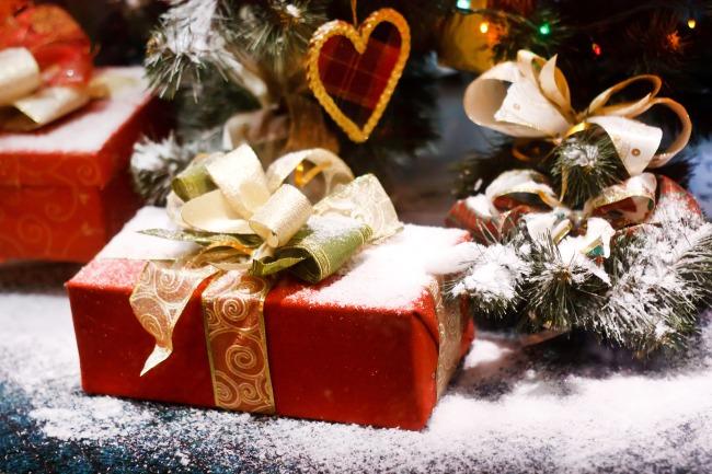 Поздравление ребенка с новым годом в стихах