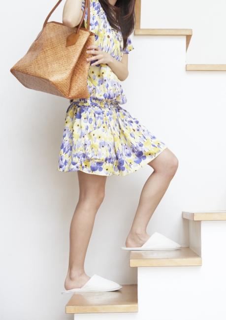 可爱女孩 家居生活 服饰 身姿 人物特写 时装 生活照 美丽写真 可爱