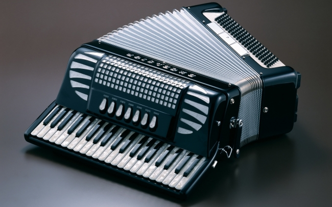 怀念过去的手风琴曲 - 灯火阑珊 - 众里寻他千百度  那人却在灯火阑珊处