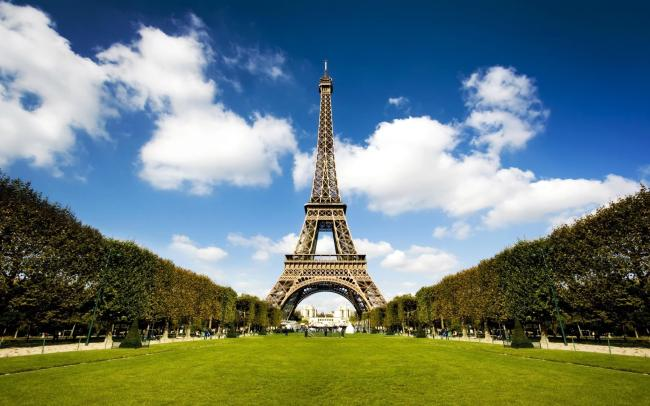 法国埃菲尔铁塔高清图片