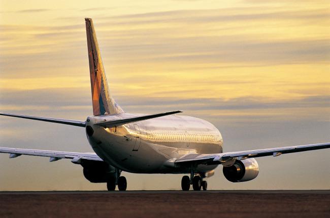 008 兆  航空客机 航天飞机 着陆 科学研究 现代科技 晚霞 运输