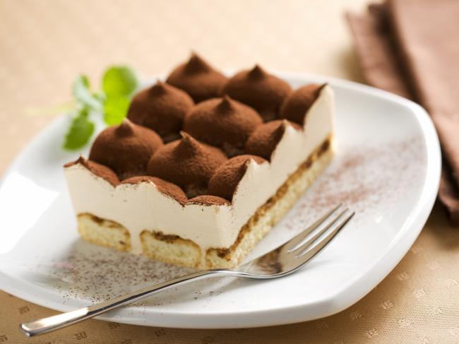 长方形巧克力蛋糕