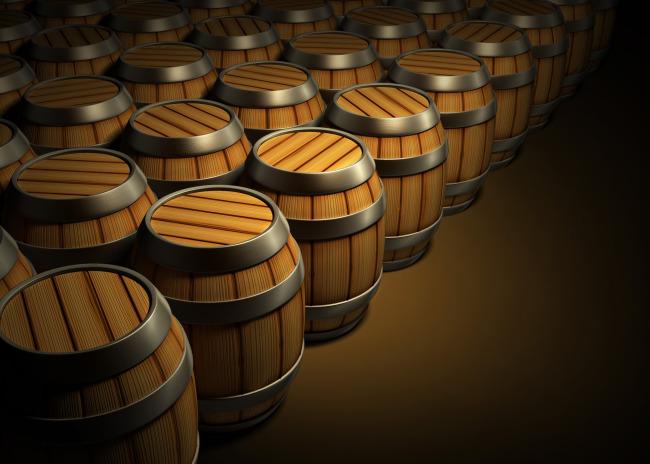 排列整齐(葡萄酒木桶)