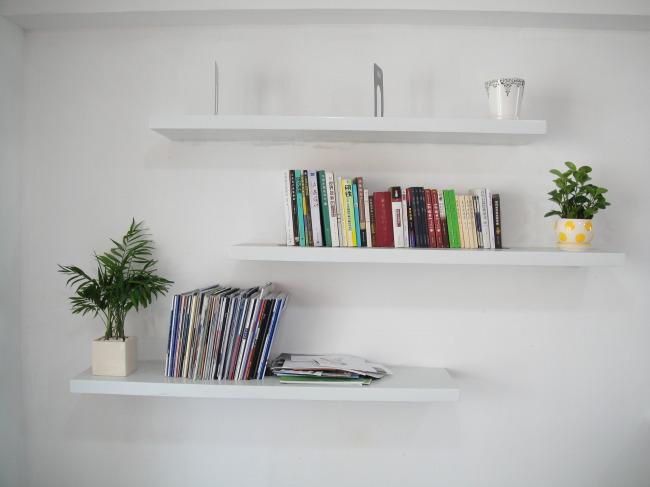 白色实木简易书架