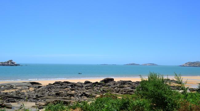 789 兆  湄洲岛沙滩 黄金海滩 海边 石头 水 海